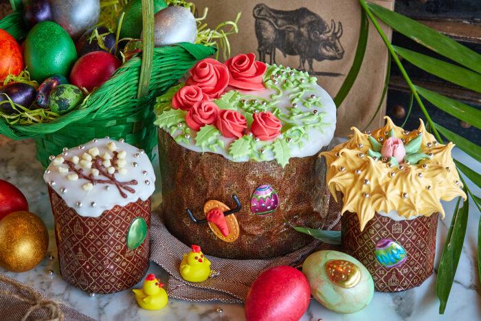 Идеи украшения глазурью и цветами куличей к Светлой Пасхе фото